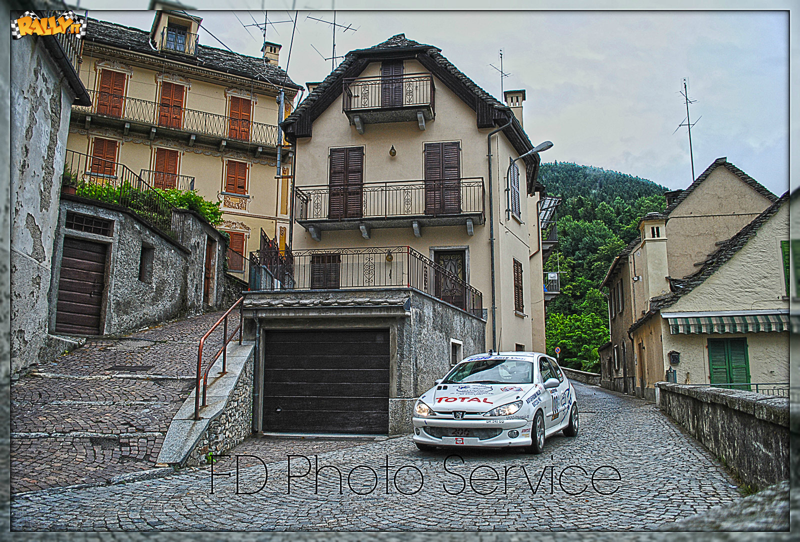 030-Rally-Valli-Ossolane-Ferrari-2014-Rally_it.jpg